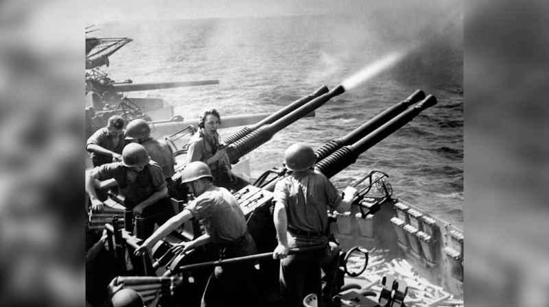 18 40mm Guns B